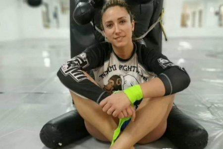 Yohanna Alonso campeona del Mundo de Muay Thai pelea contra el cáncer.